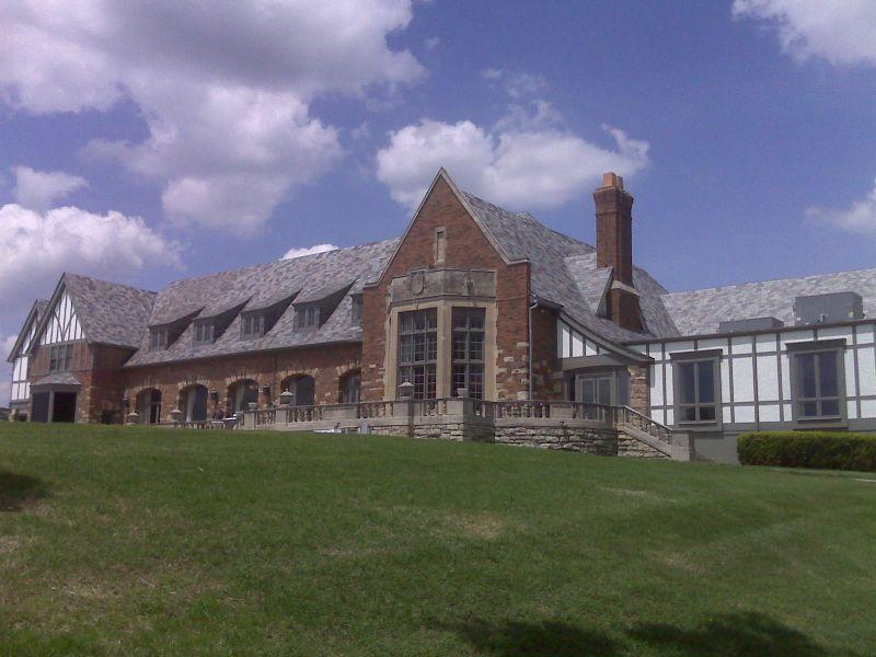 Oakwood Country Club